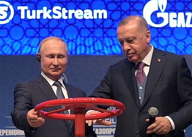 Турция вдвое сократила закупку российского газа