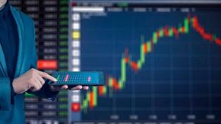 Bloomberg: экономика Украины растет, несмотря на мировой спад