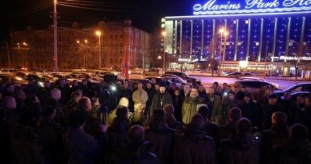 Несмотря на Минские договоренности, из Екатеринбурга на Донбасс едут новые боевики