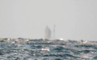 В США на Великих оезрах засняли корабль-призрак. Видео