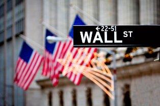 Американских инвесторов обязали избавиться от акций российских компаний из  ...