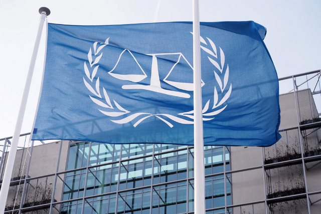 Суд в Гааге обязал РФ выплатить 50 млрд евро по делу ЮКОСа