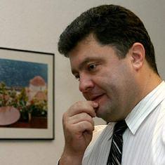 П.Порошенко: Резервы НБУ на сегодня составляют 32,8 млрд долл.
