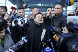 Зеленский отказался публиковать декларацию о доходах и подделал анализы