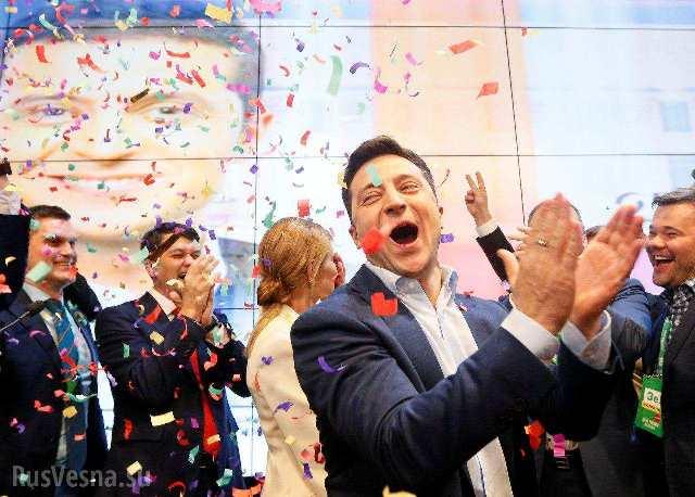 Год президентства Зеленского: деградация до борьбы за выживание